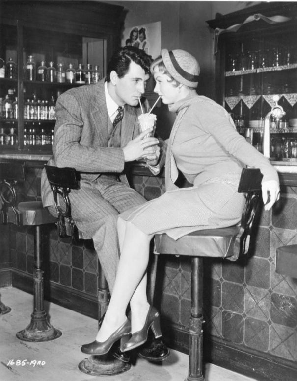 Piper Laurie, Rock Hudson- 'Has Anybody Seen My Gal', 1952