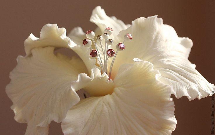 """Купить Цветок гибискуса """"Особенный день"""" на зажиме - белый, айвори, розовый, гибискус, зажим для волос"""