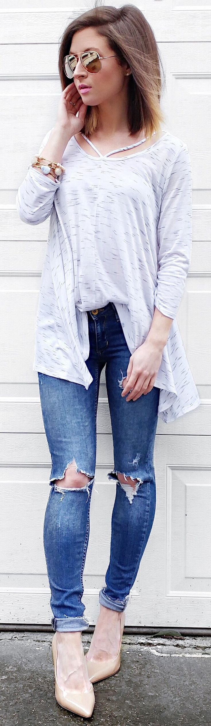 #winter #fashion /  White Top / Destroyed Skinny Jeans / Cream Pumps