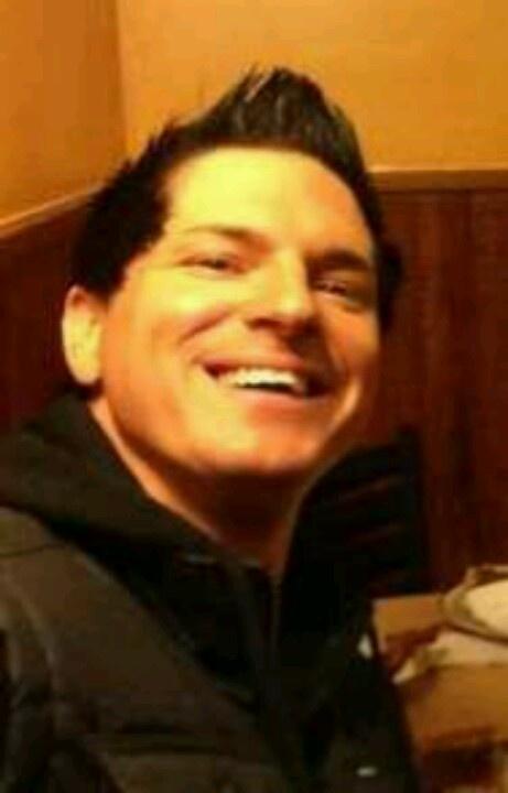 Zak Bagans Smiling 560d40eff01c19c0be8508c ...
