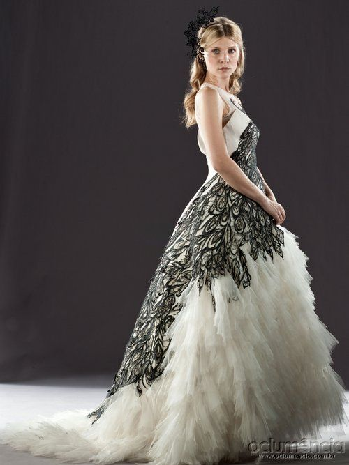 Harry Potter Fashion. Fleur's wedding dress from Harry Potter and The Deathly Hallows. And it's Alexander McQueen maybe?!?! Makes it that much better. Soooooo gorgeous.
