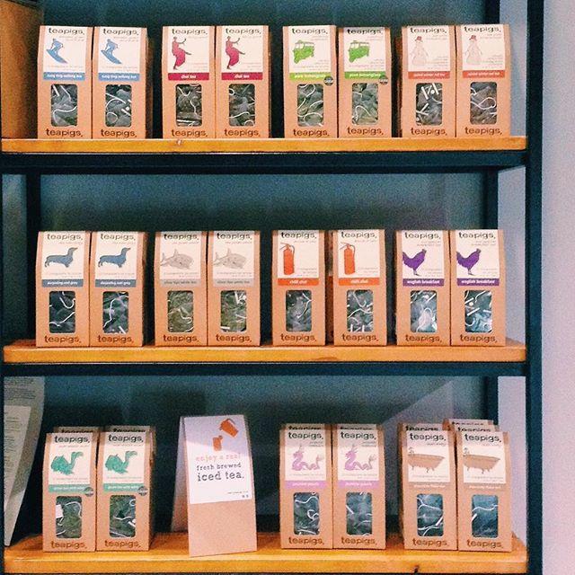 Οι πιο παιχνιδιάρικες γεύσεις τσαγιού είναι εδώ και λέγονται @teapigs Κάθε γεύση είναι μια έκπληξη. Ελάτε να τις ανακαλύψετε!  The most playful blends of tea go by the name Teapigs! They're here and they're in-store! Every flavor is a surprise so come by to discover them!