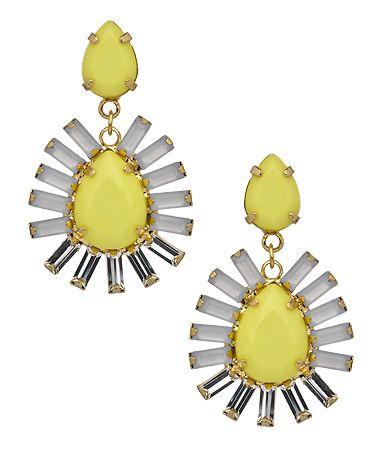 ABS Daisy Teardrop Earrings #maxandchloe