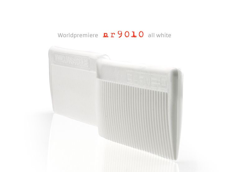 Curve-O Advanced Cutting Comb 'Limited White edition nr 9010′.