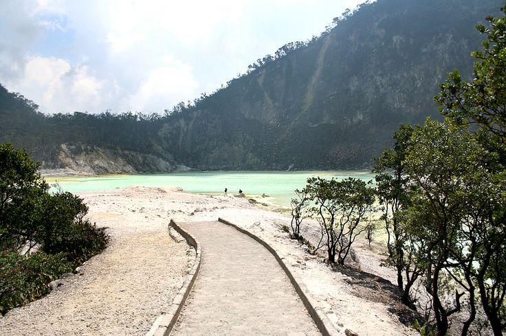 One Day Bandung Tour (Ciwidey Area)