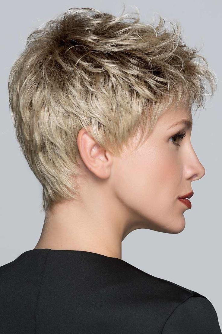 best cheveux images on Pinterest  Hair cut Short hair and