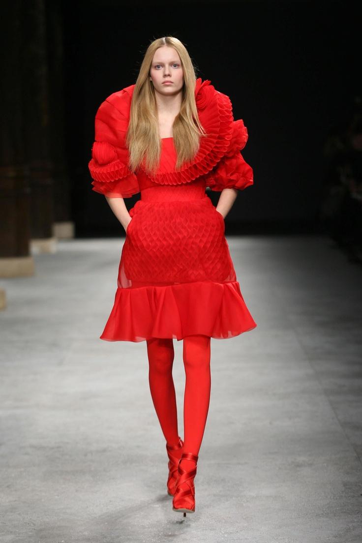 Givenchy Spring/Summer of 2008, modern interpretation of ...