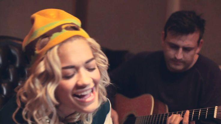 "Rita Ora ""Hey Ya!"" Acoustic Performance"
