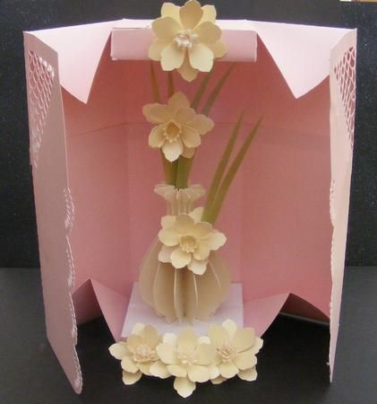 3D Daffodil vase and box SVG on Craftsuprint designed by Tina Fitch - Just stunning for a female event.. Full of the joys of spring or Summer - Now available for download!