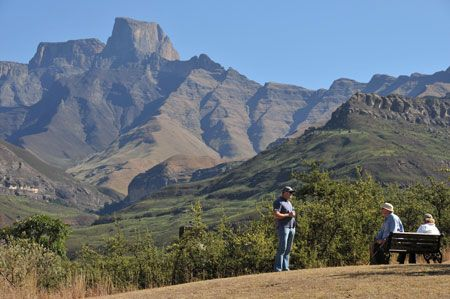 Northern Drakensberg - Berghouse and Cottages offers great holiday or travel accommodation destination Kwazulu Natal, South Africa