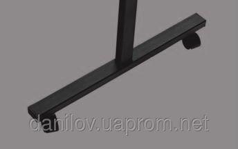 Оборотная доска 90х120 см, фото 2. Магнито-маркерная поверхность, размером 90х120 см. Конструкция стоит на колесах с фиксаторами. Оборотная доска имеет надежный фиксатор угла, что позволяет выбирать угол наклона. Доска обрамлена в алюминиевую S-line раму c пластмассовыми уголками. В комплект входит полочка для маркеров. Размер поверхности     90х120 см;     100х150 см;     100х200 см. Поверхность оборотной доски бывает:     для маркера;     для мела;     комбинированная для маркера/мела.