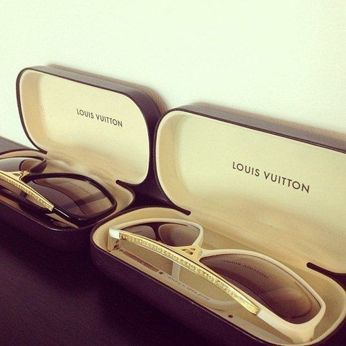 LOUIS VUITTON Sunglasses                                                                                                                      ✺ꂢႷ@ძꏁƧ➃Ḋã̰Ⴤʂ✺