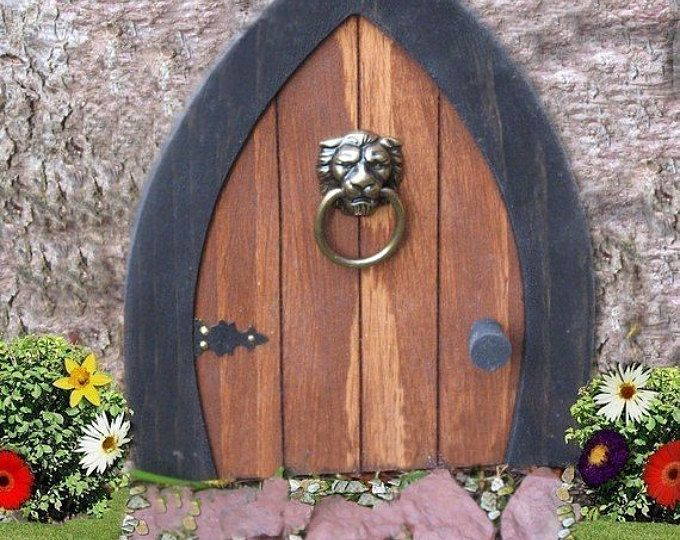 Les 25 meilleures id es de la cat gorie porte de gnome sur for Idea behind fairy doors