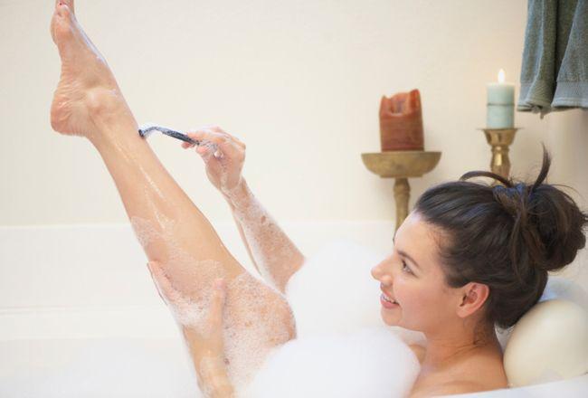 Mitos e verdades sobre o método de depilação com lâmina de barbear