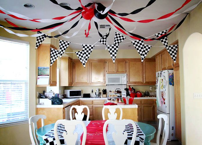 Love the ceiling decorations!: Racing Cars Theme, Children Parties, 3 Years Old, Cars Parties, Birthday Parties, Theme Parties, Theme Birthday, Old Cars, Birthday Ideas