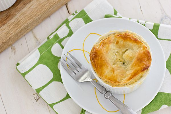Broccoli Cheddar Pot Pies Recipe