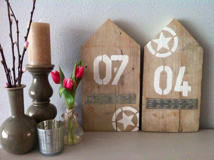 Steigerhouten huisjes mogelijk met geboorte jaar, naam of eigen wensen.....