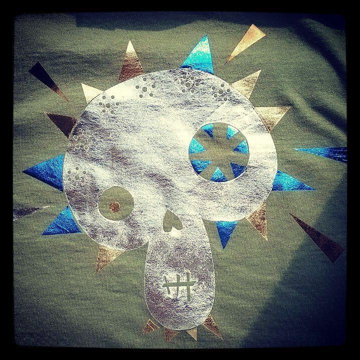 T-shirt design - Silver Face