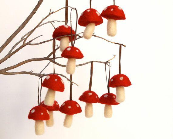 Felted mushrooms: Holiday, Decoration, Felted Mushroom, Mushroom Ornaments, Christmas Ornaments, Toadstool Christmas, Toadstool Ornament
