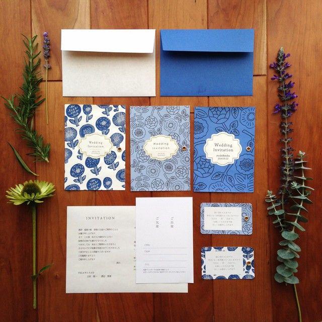 blue wedding invitations  ハンドメイドマーケット minne(ミンネ)| 青の招待状(flora) 10部set  ウェディングアイテム