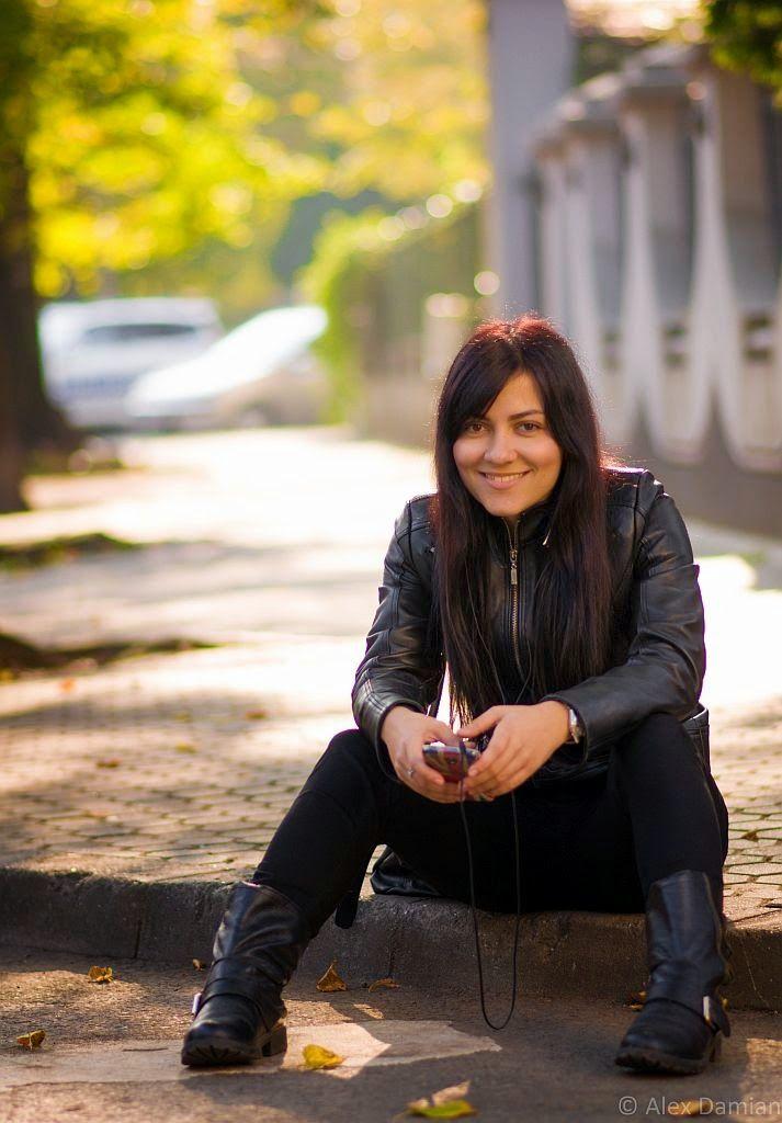 Rux la #ascultacumine pe www.alexdamian.ro