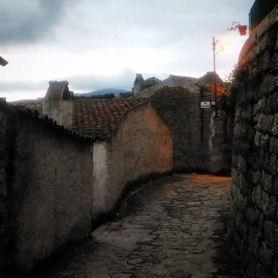 Le casette del borgo medievale di Lollove