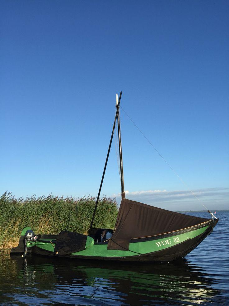 Zalmschouw bouwjaar rond 1908 platbodem gebruikt op rivieren ten behoeve van visserij