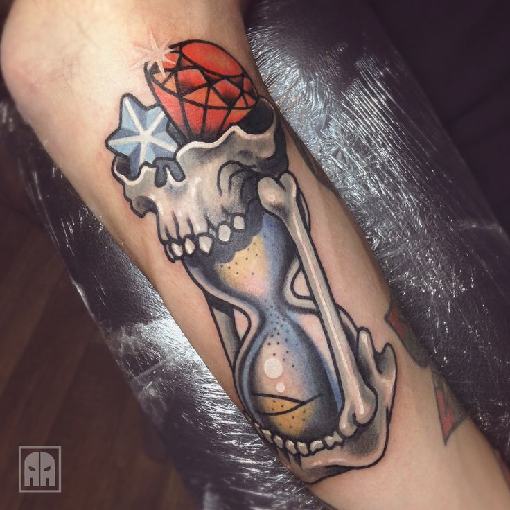 79 best images about aleksandr ageev on pinterest for Skull hourglass tattoo