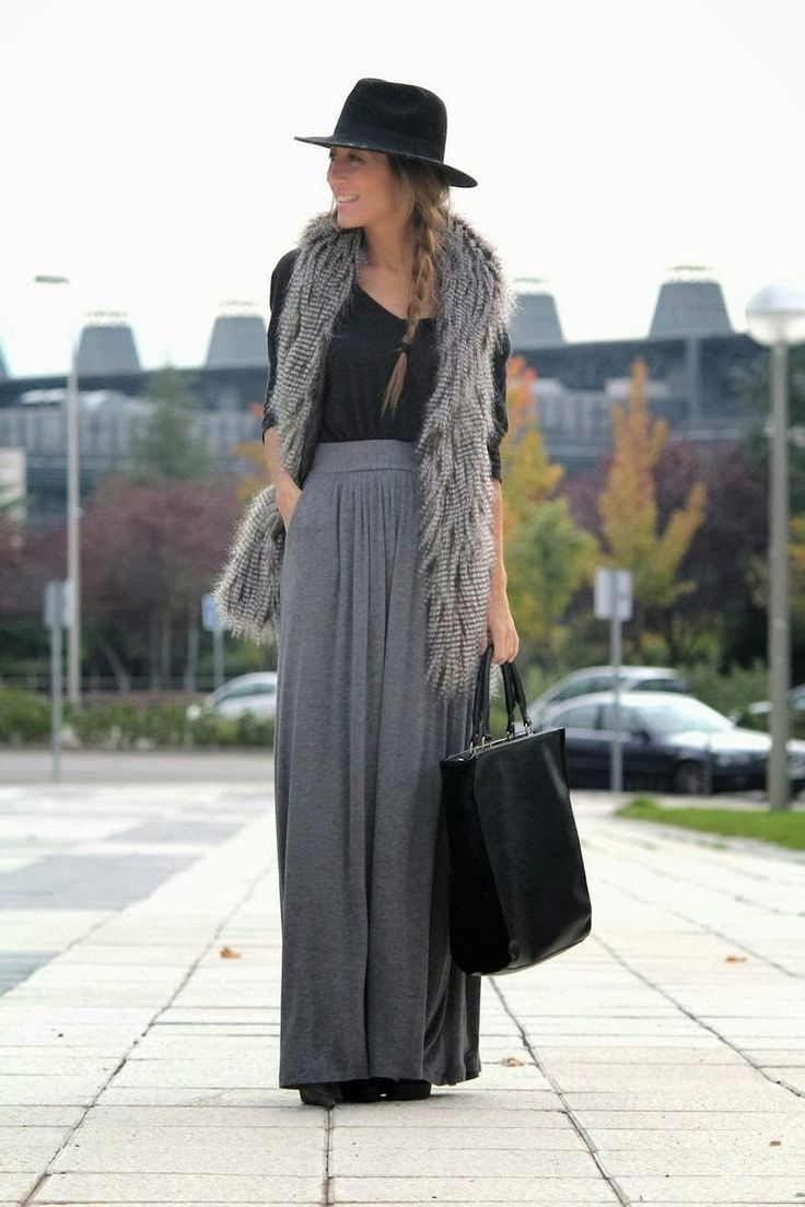 maxi skirt + fur vest + hat