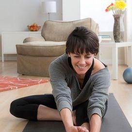 Corsa o camminata? Benefici e rischi a confronto   Stretching e dieta per allenarti beneCorri a digiuno, o quasi. Quando si corre o si pratica il walking, è meglio farlo a stomaco vuoto o, al massimo, dopo aver consumato alimenti molto digeribili anche se energetici. Quest