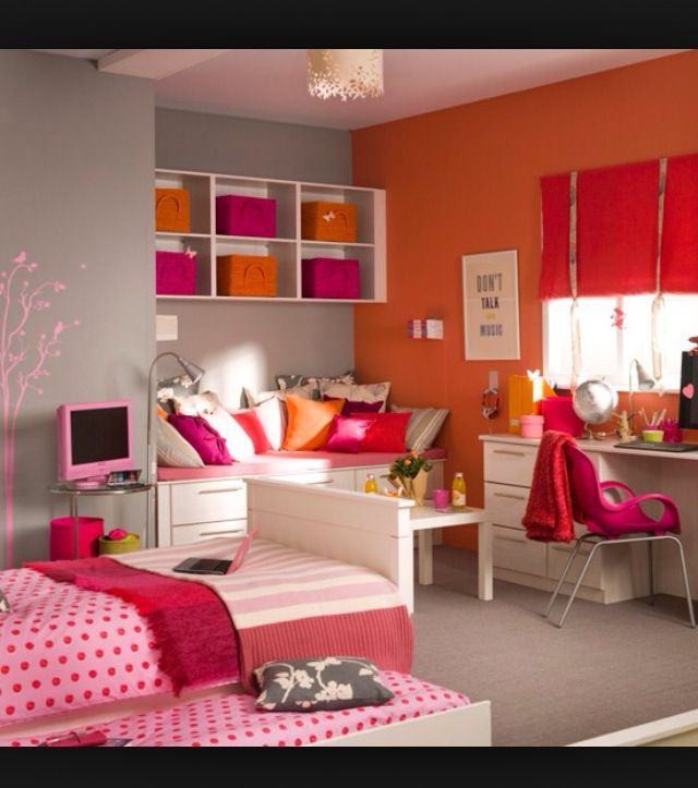 421 best teen bedrooms images on pinterest for Funky teenage girl bedroom ideas