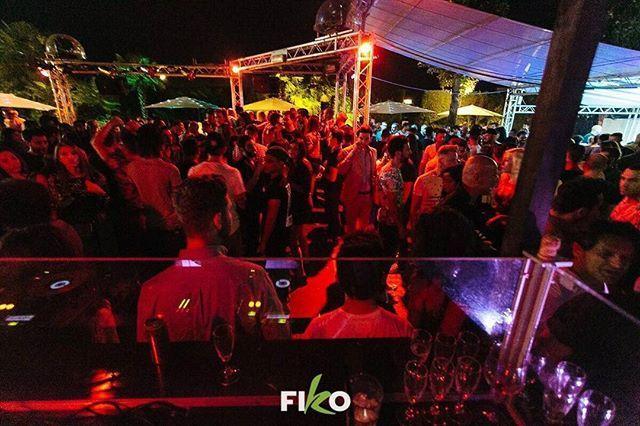 """""""Stasera inizia la settimana di festa targata modenapromotion🎉 ▶MERCOLEDÌ 7 GIUGNO 🌴FIKO-FROZEN BY TABOO🌴Dalle cene fino a tarda notte con ingresso gratuito! 🥂 ▶ VENERDÌ 9 GIUGNO 💃🏻MO.VIDA GILDA💃🏻 Cena animata e disco!🍹 ▶SABATO 10 GIUGNO ✨MO.VIDA GILDA✨ Il sabato di Modena. Cena animata e disco tutta notte! 🍸 ✆ INFO, CENE & TAVOLI: 330629391 - 3392625449 #modenapromotion #events #publicrelations #disco #nightlife #modena #party #fun #amazing #night #fiko #frozen #taboo #gilda…"""