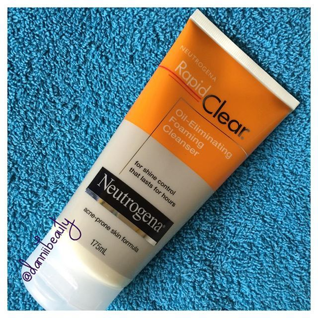 Love this for my acne/oily skin! http://www.danniibeauty.blogspot.com.au/2015/12/neutrogena-rapid-clear-oil-eliminating.html