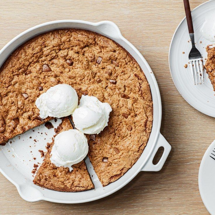 Cinnamon–Chocolate Chunk Skillet Cookie With espresso powder
