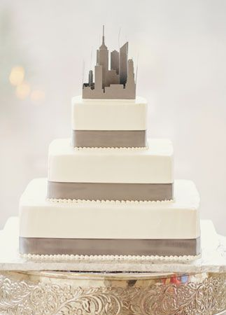 New York Cake Topper | Clean Plate Pictures | blog.theknot.com