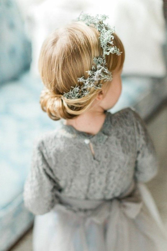 17 meilleures id es propos de coupes petite fille sur pinterest coupes de cheveux de fille. Black Bedroom Furniture Sets. Home Design Ideas