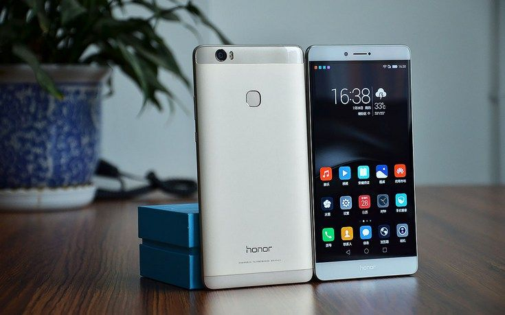 Huawei Honor Note 8 - un telefon care promite mult