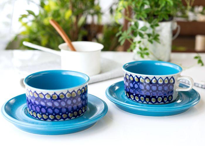 アラビア/ARABIA HLA 水玉模様 ターコイズ/Turquoise ティーカップ&ソーサー  デザイン部門のお品とは異なり、 アーティストが自由に創作活動をしていたARABIAアート部門の作品で さほど数が出回っていない稀少なお品となっています。