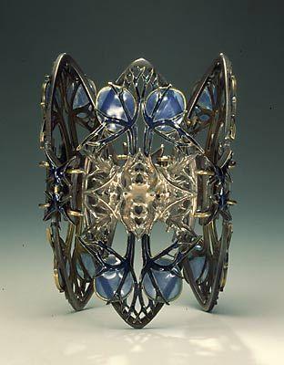 Bracelet    René Jules Lalique. ca 1900.  Silver, gold and enamel