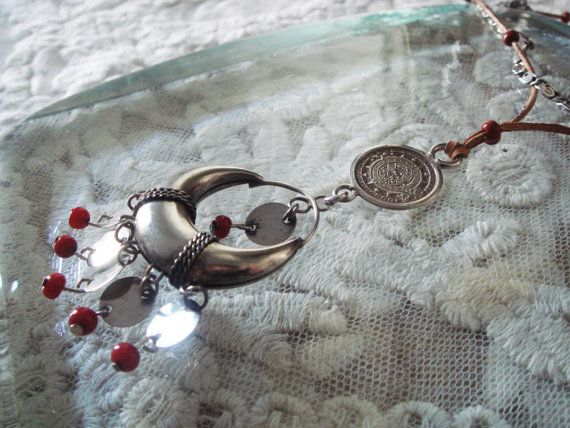 Enthralling Silver Necklace by PomPaw on Etsy