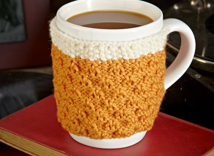 How to Knit a Beer Mug Hug #knitting #beer #diy (free knitting pattern)