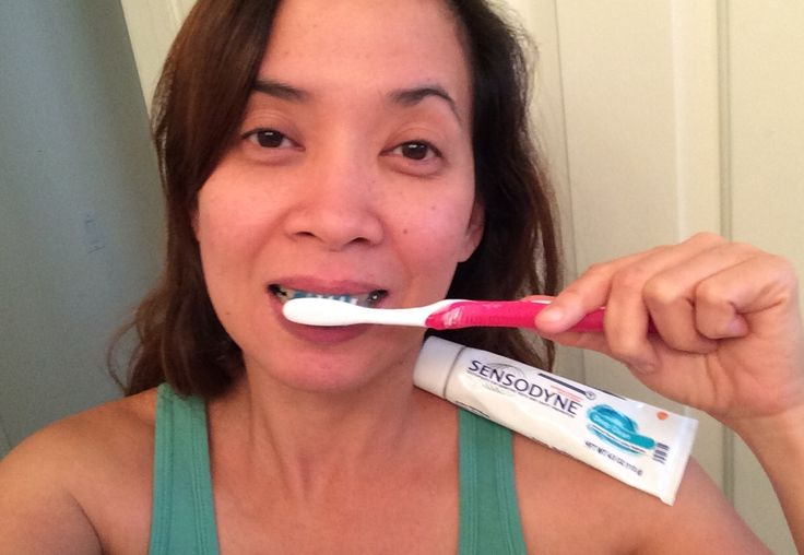 Love my new Sensodyne Deep Blue toothpaste. It has 24/7 sensitivity protection that has potassium nitrate (5%) for antihypersensitivity and sodium fluoride (0.25%) for anticavity. It prevents from giving me pain and sensitivity from eating/drinking hot or cold food/drinks. These Sensodyne has blue toothpaste and has a minty taste that last for a long time. #SenseTheFresh #Sensodyne #GotItFree