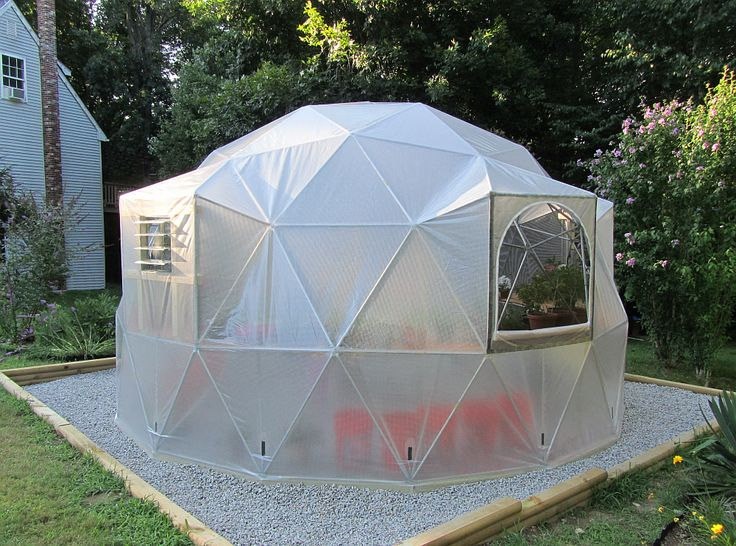 One of the best things about living in the South Bay is that it can feel like summer any time of the year. Other parts of the country aren't as lucky. Sunrise Domes founder Justin Goslin had that in mind when creating the company in December 2007. A multipurpose product, the dome is mostly used as a greenhouse or garden trellis, but plenty of customers use it as an outdoor workshop or pool/jacuzzi cover - See more at: http://www.southbaydigs.com/dig-this-sunrise-domes/#sthash.vRPxRmpS.dpuf