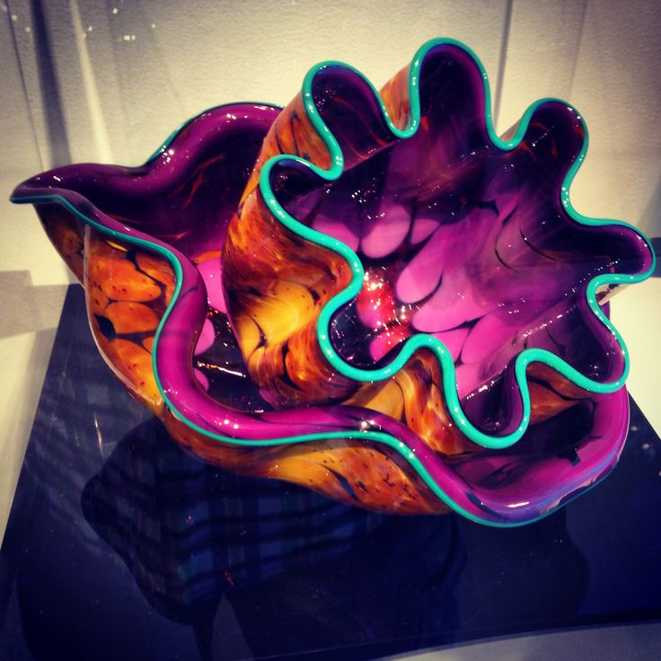 Chihuly piece for sale in Milwaukee art museum gift shop.