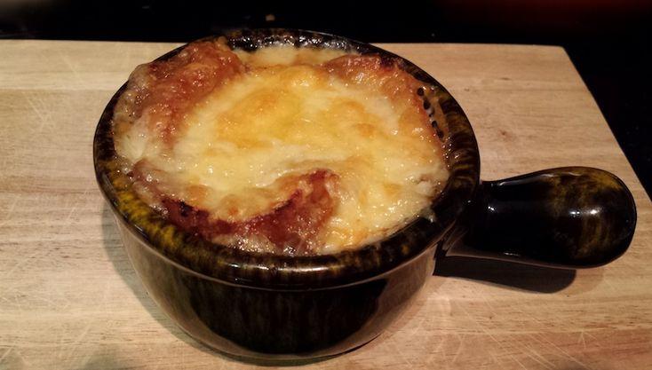 #Soupe à l'oignon au vin blanc ou rouge #recettesduqc #potage
