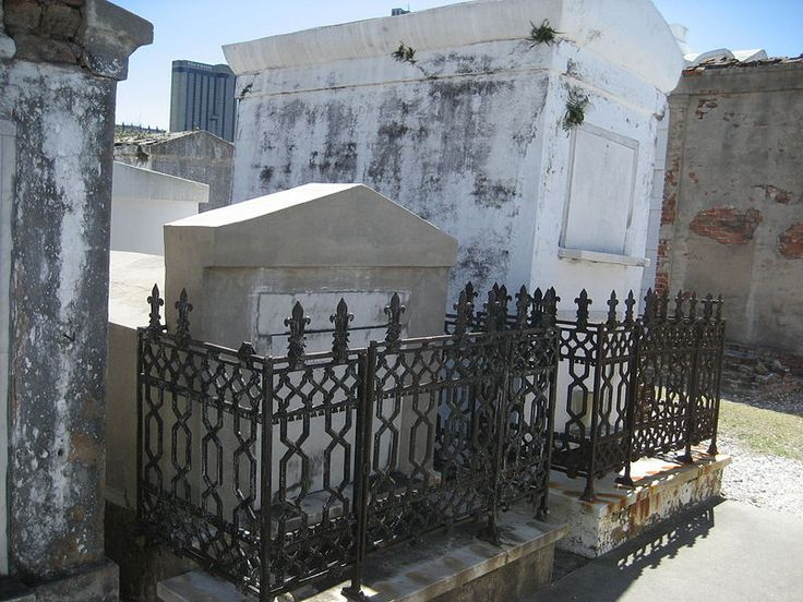 Read this and get crunk for a cemetery/vampire tour!!!  Dead bodies cannot be buried underground.   12 Creepy Things You Didn't Know About New Orleans