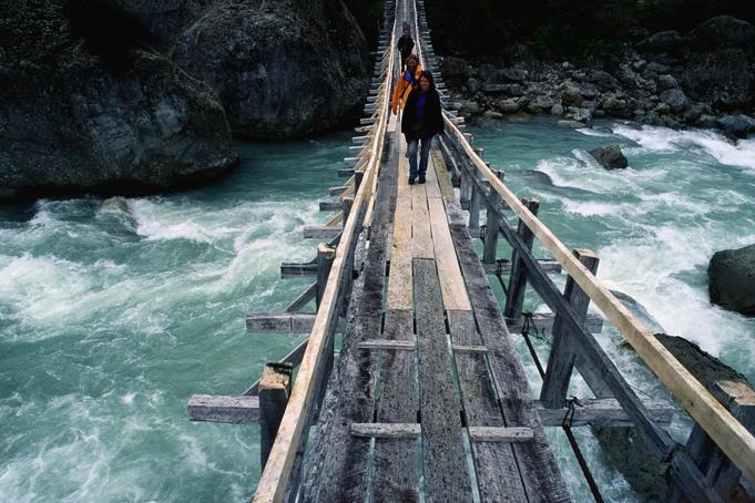 Crossing a river - Queulat Parque Nacional, Aisen del General Carlos Ibanez del Campo