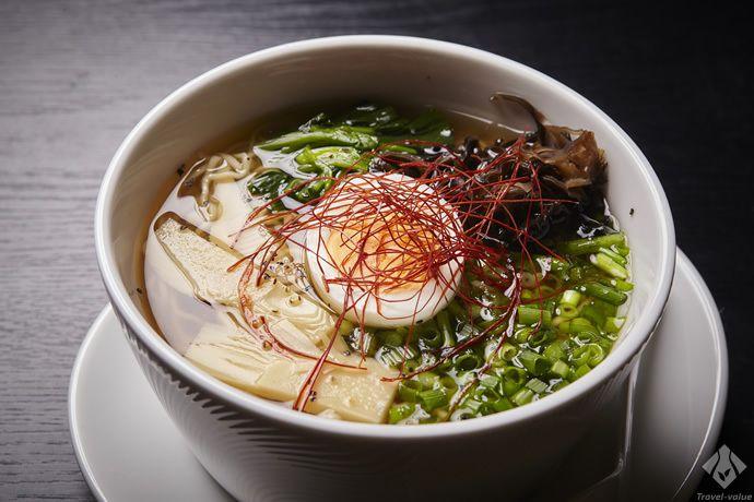 新名物「スッポンラーメン」は、平湯育ちのスッポンを惜しみなくラーメンのスープとして用いた珠玉の一杯 #スッポン #すっぽん #ラーメン #名物 #奥飛騨