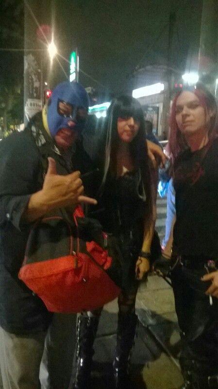 De paseo en df con mis obscuros amigos
