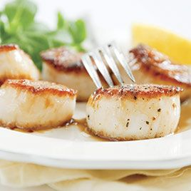 Pan-Seared Scallops: Dinner, Pansear Scallops, Recipe, Test Kitchens, Lemon Wine, Pan Seared Scallops, Seafood, Wine Reduction, Cooking Scallops